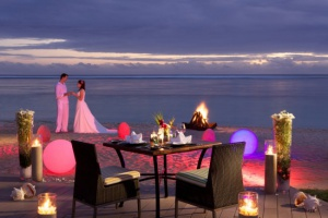 Romantic Dinner On The Beach Sugar Beach 1400x933 72 RGB 2 2f709
